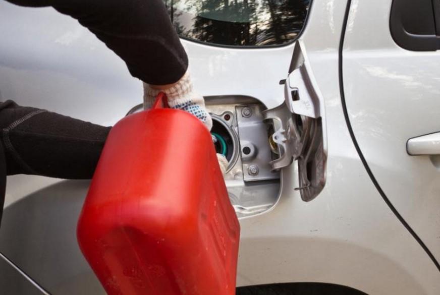подвоз топлива бензин дт