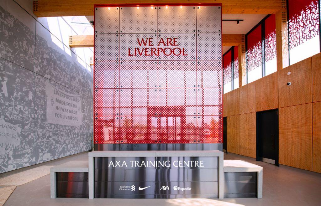 Логотип AXA Group будет размещен на новом тренировочном центре FC Liverpool   УкрСтрахование